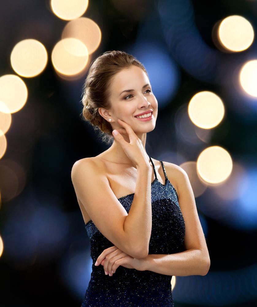 أفضل تسريحات للشعر الطويل مناسبة للحفلات والمناسبات