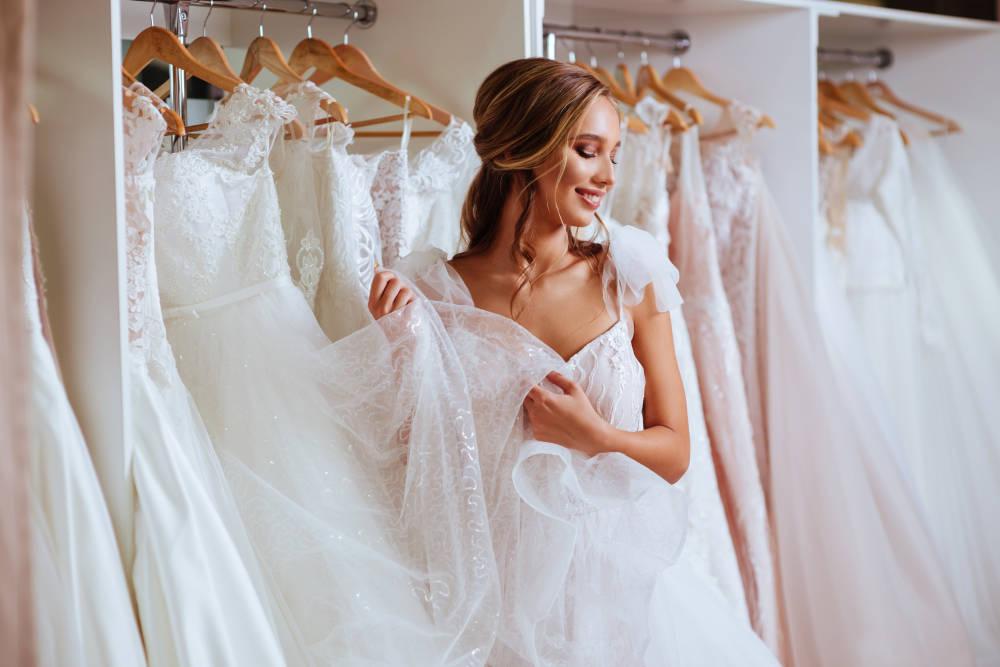 أفضل فساتين زفاف لصيف 2019