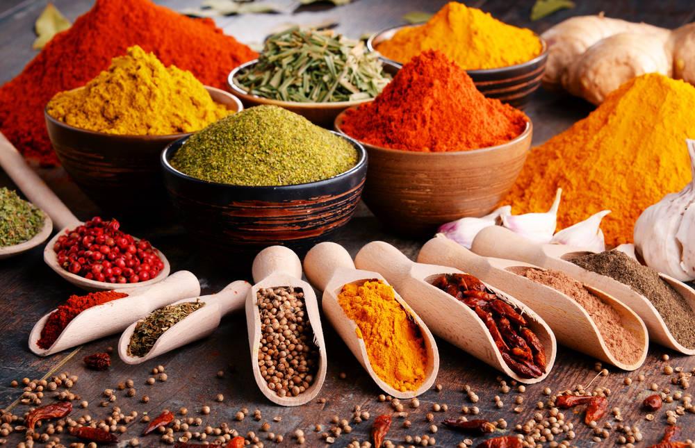 أهم التوابل والبهارات لمطبخك وفوائدها الصحية