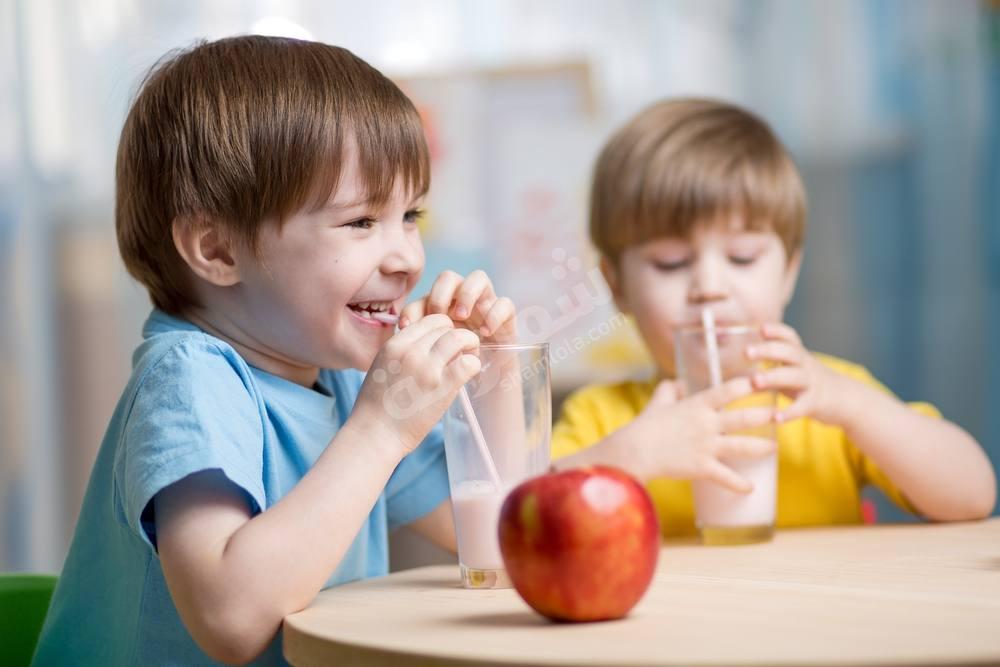 مشروبات مغذية لطفلك في المدرسة