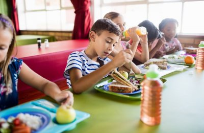 نصائح هامه لتقديم افطار صحي لطفلك
