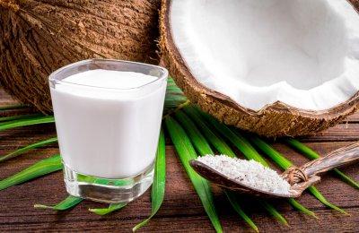 السوبيا هو مشروب مصري يقدم عادة في شهر رمضان الكريم، يتكون بشكل أساسي من الحليب مع جوز الهند والفانيليا، ويمكن وضع إضافات أخرى حسب الرغبة
