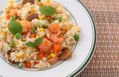 طريقه عمل ارز بالجمبري والخضروات