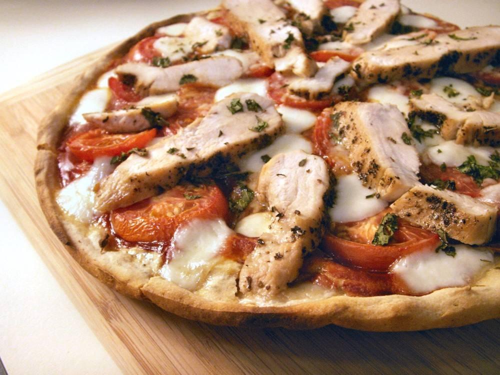 طريقة عمل البيتزا الإيطالية بالفراخ شملولة