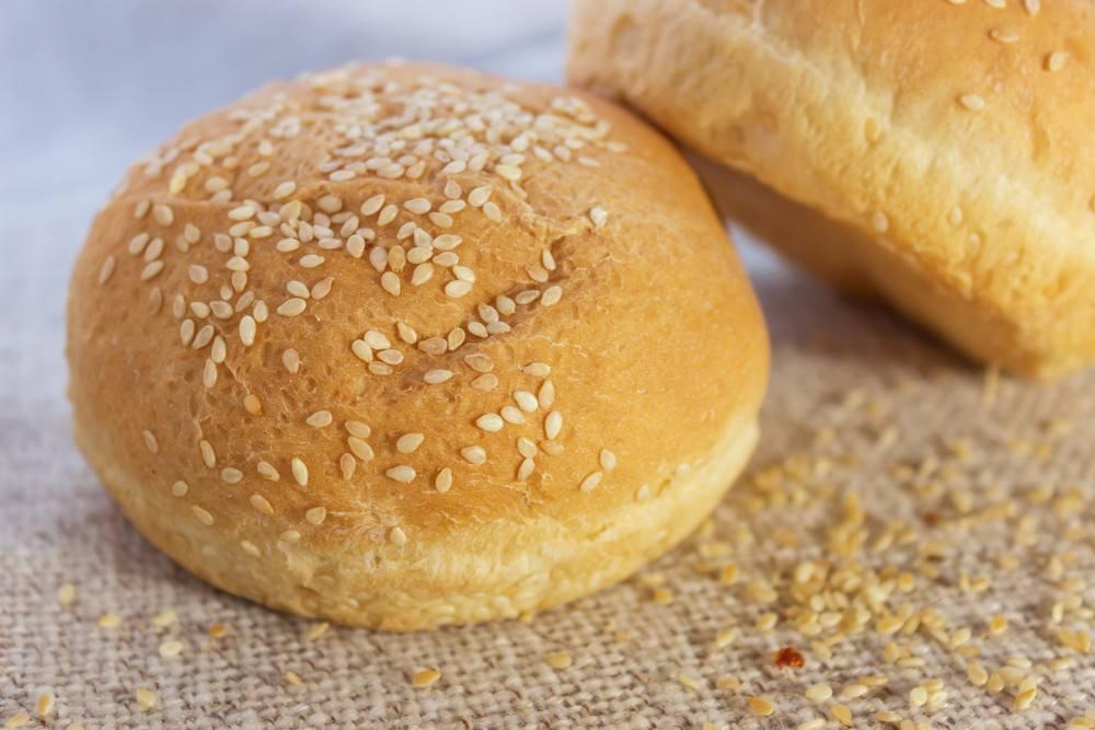 خبز الكايزر .. في المنزل بدون مواد حافظة