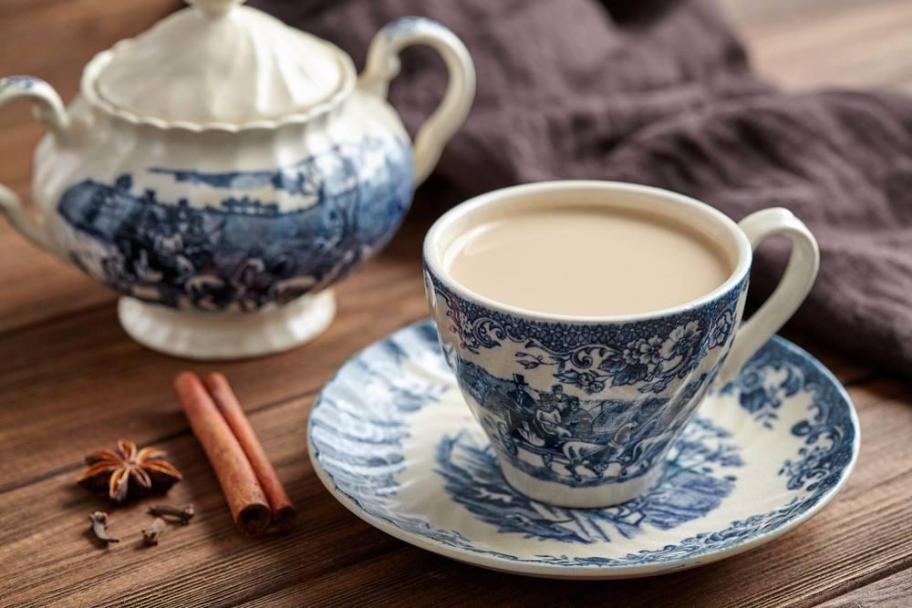 طريقة عمل الشاي الهندي بالحليب