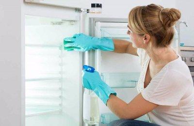 10 نصائح لتنظيف الثلاجه والتخلص من رائحتها الكريهه