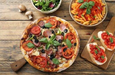 بيتزا الطاسه في 10 دقائق بدون فرن