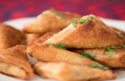 شملولة تقدم لكي وجبة خفيفة وسريعة لكي ولأطفالك .. طريقة عمل سمبوسبك بالجبنة جربيها