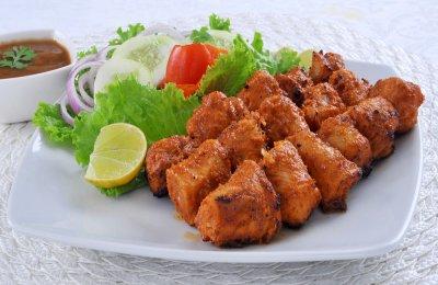 لمحبي الاكل الاسيوي  دجاج بالتتبيله الهنديه