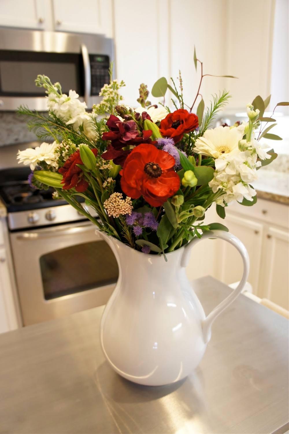 زهور في المطبخ