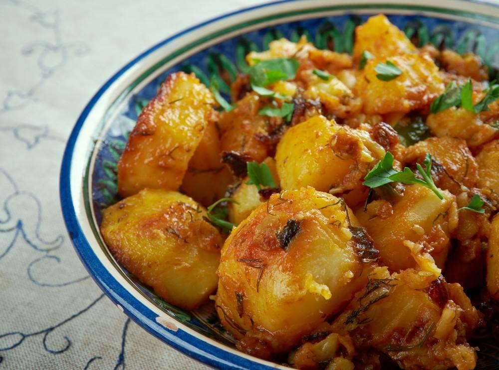 طريقة عمل بطاطس حارة لبنانية