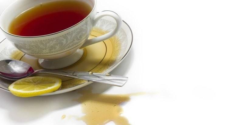 بُقع الشاي على الصيني والبورسلان