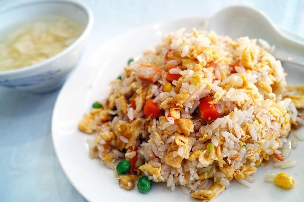 طريقة عمل الأرز بالبيض