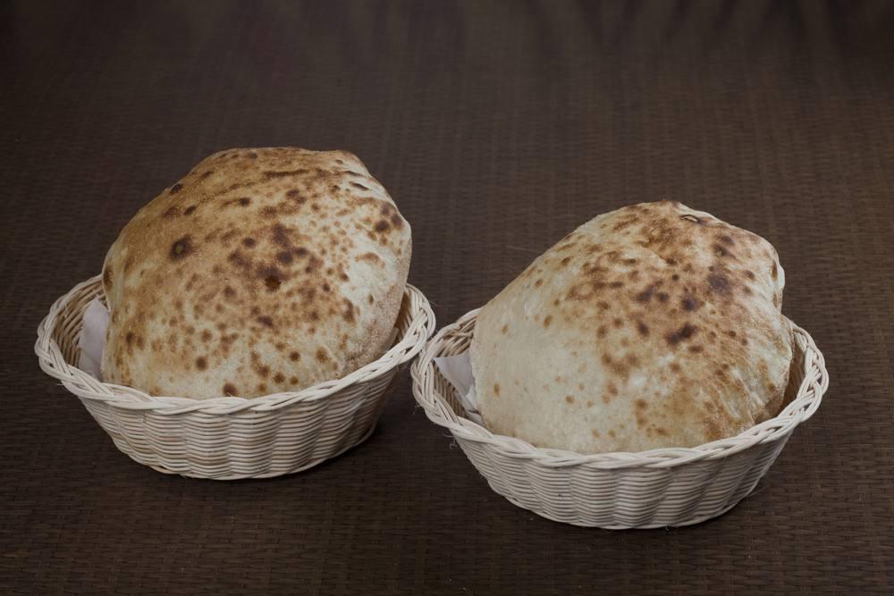 طريقة عمل الخبز البلدى فى المنزل