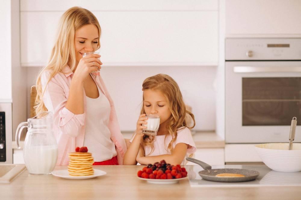 طرق التعامل مع الطفل الرافض لتناول الطعام