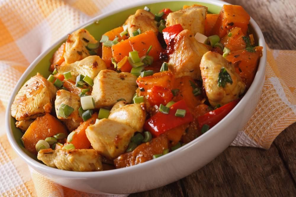 طريقة عمل طبق الدجاج الحار مع البطاطا الحلوة
