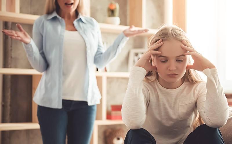 أشهر 13 خطا في تربية الأطفال