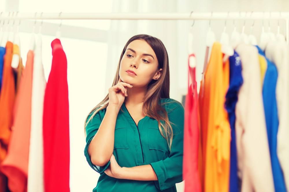 نصائح هامة لكل فتاة لاختيار ملابس الجامعة |بالصور